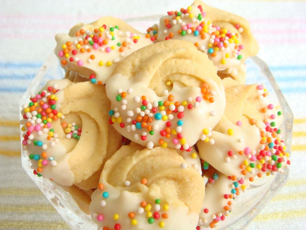 Just ur average spritz butter cookies dipped in melted white chocolate ...