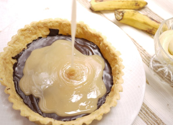 Tartine's Banana Cream Piewith Caramel And Chocolate Recipe ...