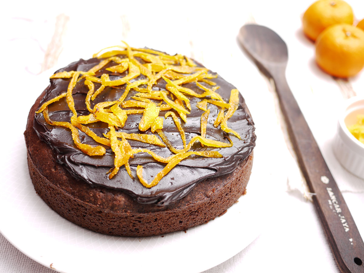 Chocolate Orange Cake | Crustabakes