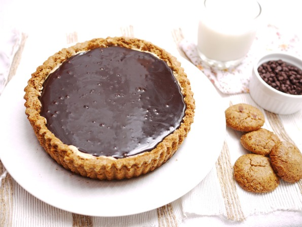 Healthy Desserts Chocolate Peanut Butter Mousse Pie with Delicious Butter Cookie Crust Chocolate Ganache