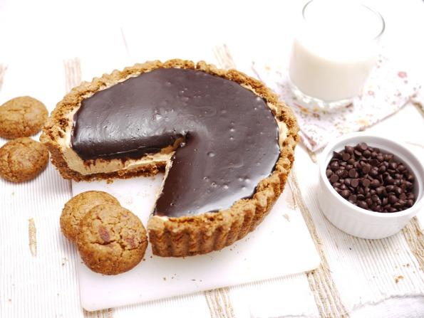 Chocolate Peanut Butter Mousse Tart | Crustabakes
