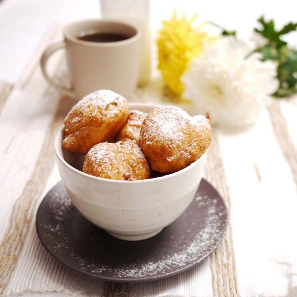 Lemon-Ricotta Fritters With Lemon Curd Recipe — Dishmaps