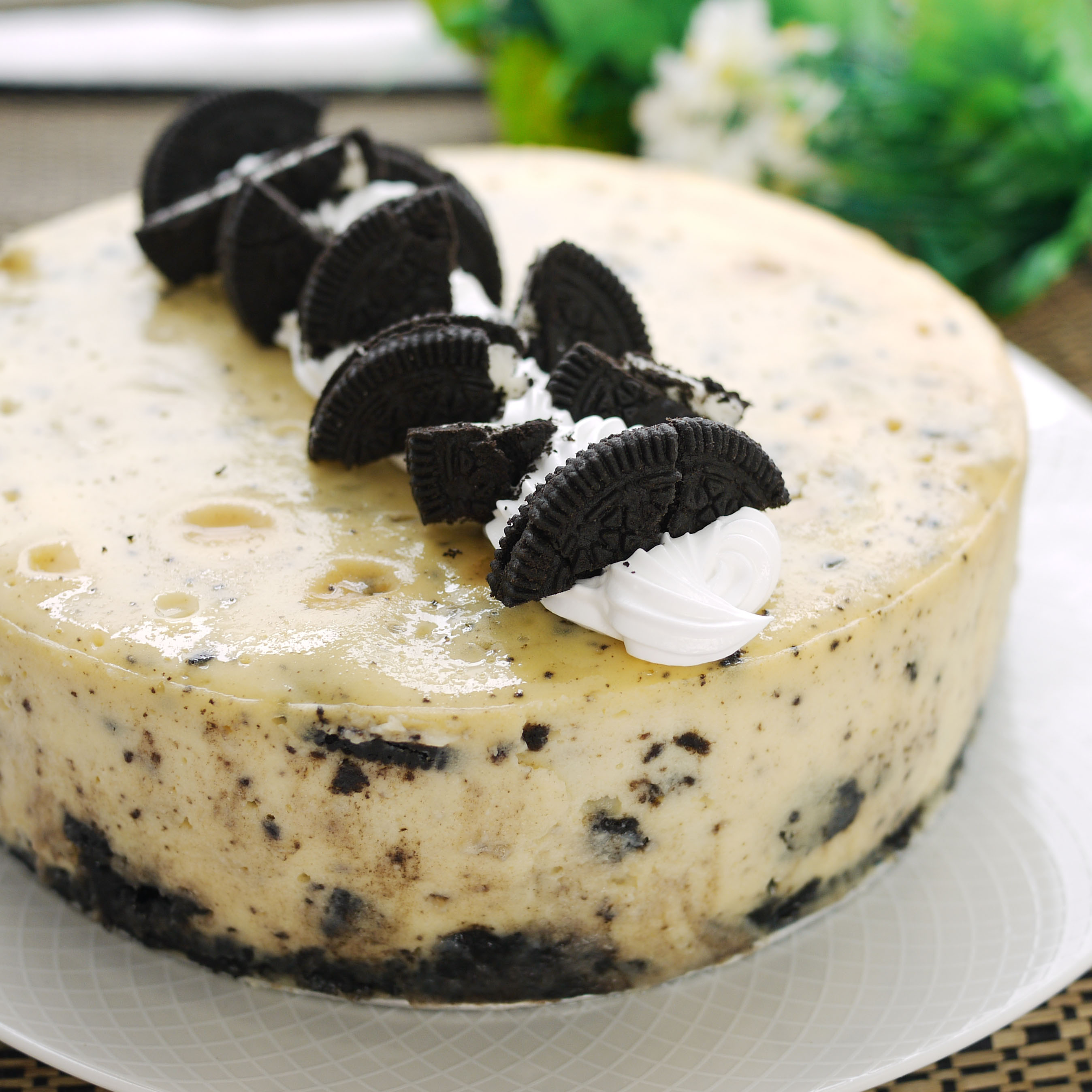 Drowning sorrows in Oreo Cheesecake | Crustabakes