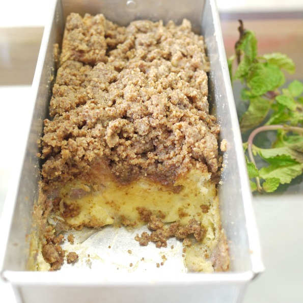bread pudding with brown sugar crumbles 2