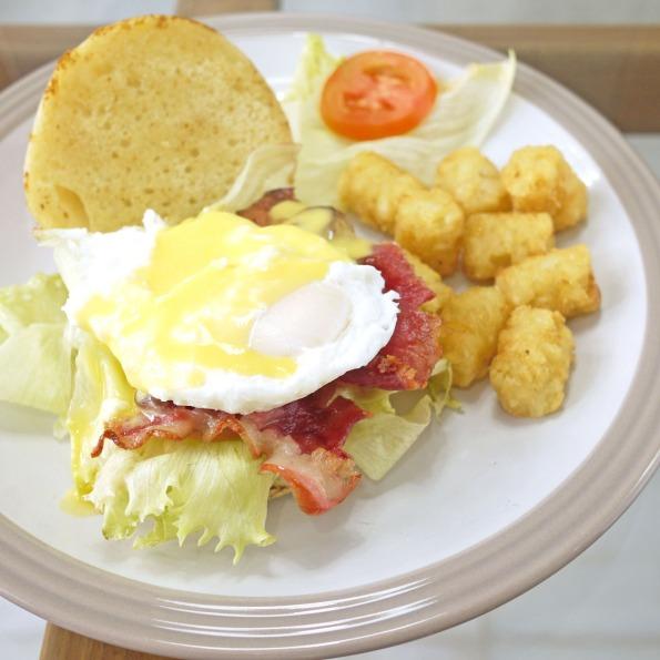 egg benedict hollandaise sauce 5a