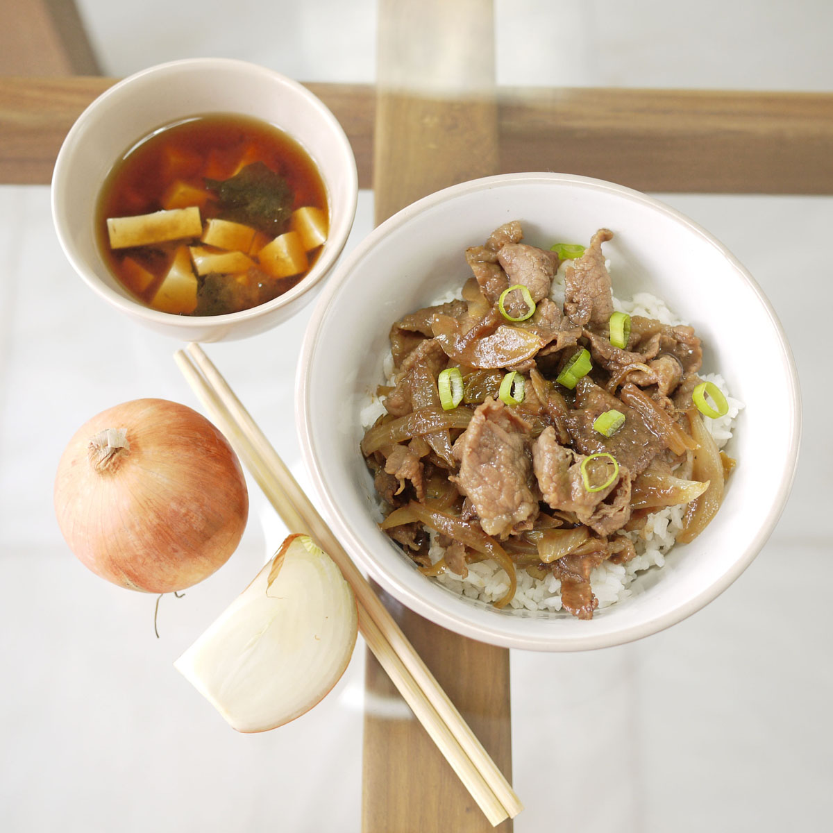 Gyudon – Japanese Beef Rice Bowl | Crustabakes