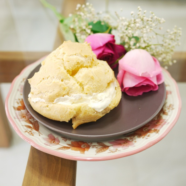 durian cream puff 1